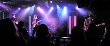 mosley bar live3 (2)
