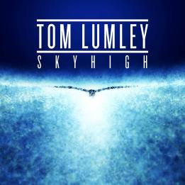 TOM LUMLEY - SKYHIGH