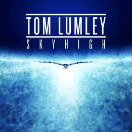 TOM LUMLEY - SKYHIGH